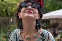 Nicoletta Civardi indossa la Collana Vivere Il Giardino, collezione Garden Muses