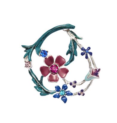 orecchini garden cerchio fiorito dettaglio